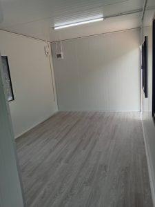 ตู้คอนเทนเนอร์แบบสำนักงานพร้อมห้องน้ำ